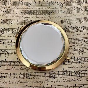 Elegant Compact Mirror